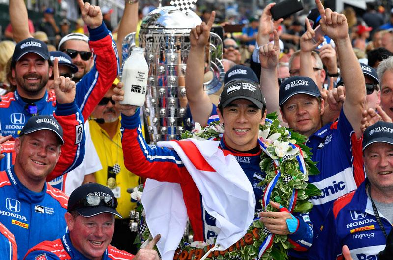 インディアナポリス500マイルレースで日本人初の優勝
